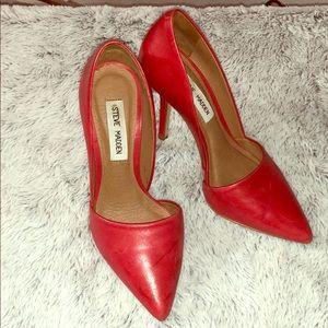 Steve Madden Gorgeous Red heels Sz 6.5